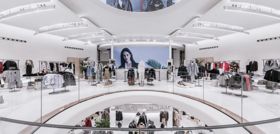 Zara connected store